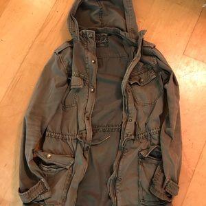 Talula jacket cargo size xxs like a 4 possible 2